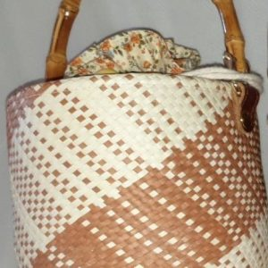 Handmade bag made from Palm Leaf  –  Item HB0003A